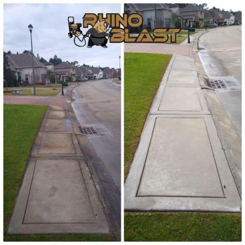 Sidewalk Cleaning    rhinoblastexterior.com